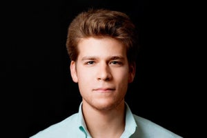 The Surprising Reason Why This Young Tech Entrepreneur Swears By Pen and Paper