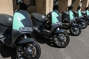 Electric Scooters Flood San Francisco's Streets! 3 Things to Know Today.