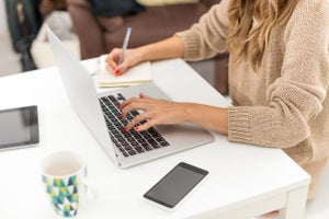 14 Personal Branding Tips for Aspiring Freelancers