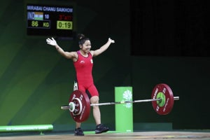 A 23-year Old Indian Star Has Emerged From Commonwealth Games 2018. Hint, She's a Weightlifting Champ!