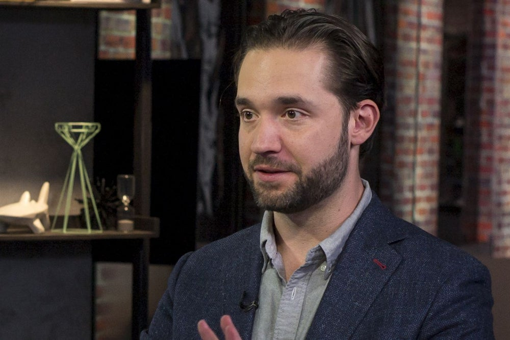 9 Quotes on Entrepreneurship and Starting a Business from Reddit Co-Founder Alexis Ohanian