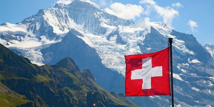 Por qué muchas empresas abren oficinas en Suiza