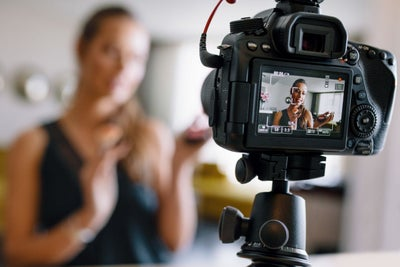 Why Your Facebook Videos Need to Be Different From What You Put on You...