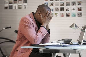 Going It Alone in Business? 5 Reasons That's a Really Bad Idea.