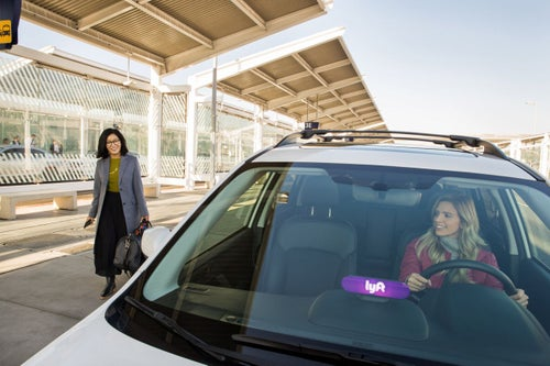 How to Make Extra Money, Network and Market Another Business When Driving for Uber or Lyft