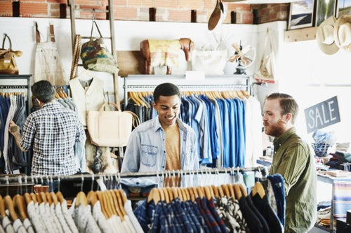 As Retail Reconfigures Into Click and Mortar, a New Kind of Employee Is Born