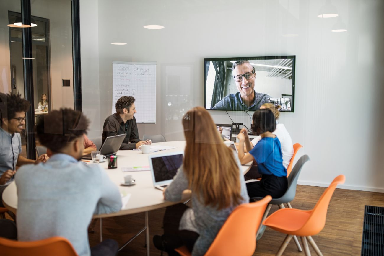 how companies are using web services to make meetings