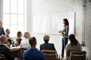 Analyzing Why Motivational Speaking is Now a Hot Entrepreneurial Trend