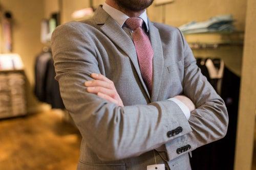 10 claves para elegir el traje perfecto para una cita de negocios