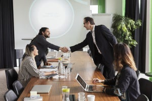 To Be a Better Salesperson, Master Your Ego and Bend Time