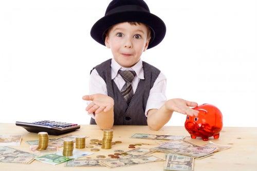 6 pasos para enseñarles finanzas personales a tus hijos