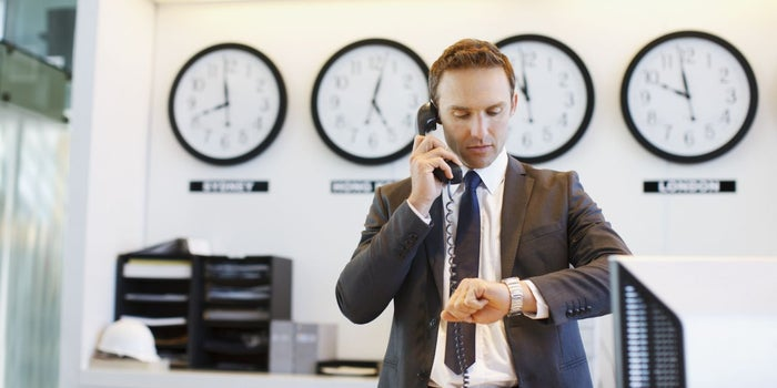 Clock Watching: How to Keep Your Teams Synchronized Across Different Time Zones