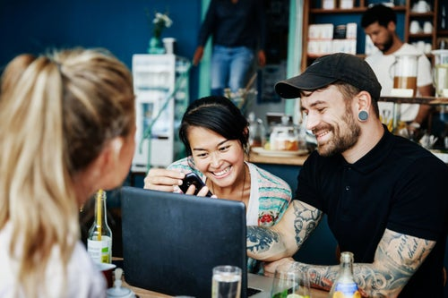 How CMOs Can Appeal to the Consumer Base's 2 Largest Demographics