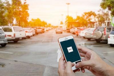 Uber tendr谩 nuevas funciones para que viajes m谩s seguro
