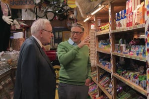 Billionaires Are Just Like Us: Watch Bill Gates and Warren Buffett Browse Records and Buy Candy