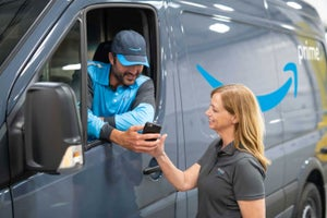 Amazon Will Let Entrepreneurs Start Their Own Delivery Business and Earn Up to $300,000 a Year