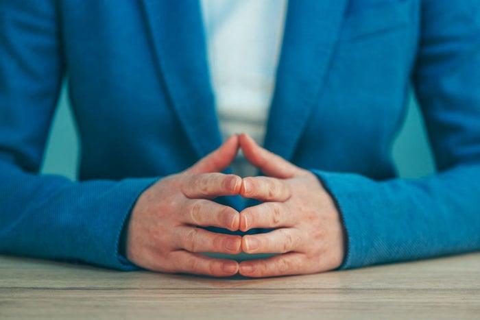 5 claves de lenguaje corporal presentes en las entrevistas de trabajo