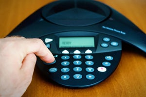3 Apps to Make Mobile Conference Calling Easy