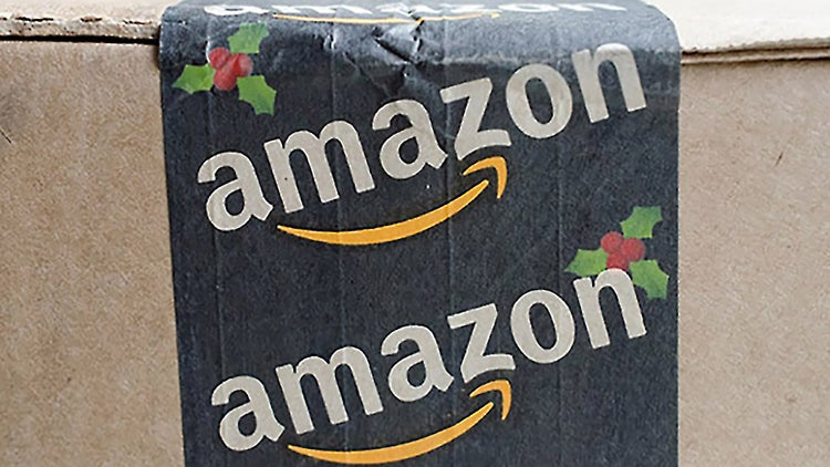 Amazon Boosts Holiday Hiring, Aims to Convert 'Thousands' of Seasonal Workers Into Full-Timers