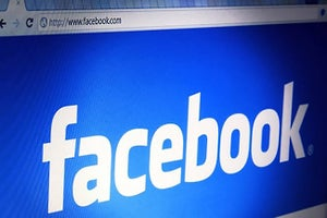 Facebook Gives Businesses Free Access to Shutterstock Images for Ads