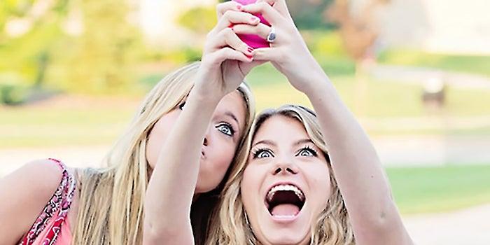 Funding Round Values Photo-Sharing Startup Snapchat at $70 Million