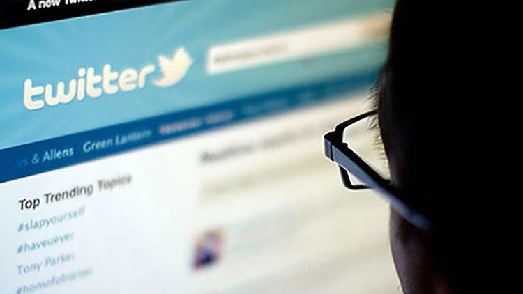 Twitter Pulls Plug On Allowing Users to Direct Message Anyone