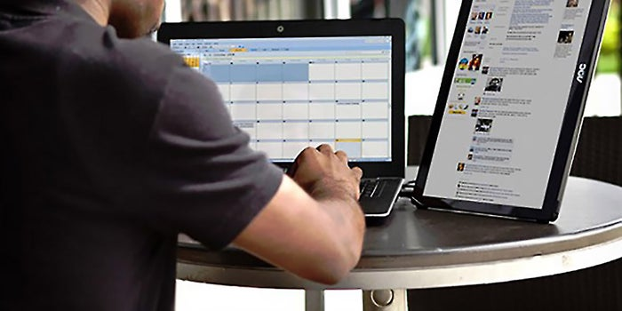 We Test It: The Portable LED Monitor