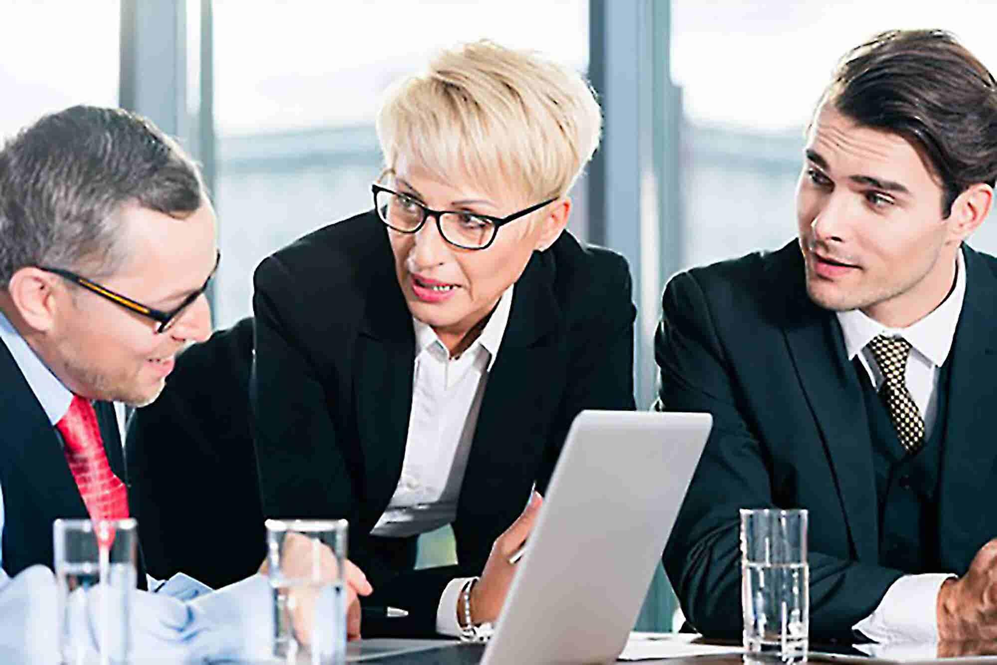 3 Critical Checkpoints When Entrepreneurs Should Seek Advice