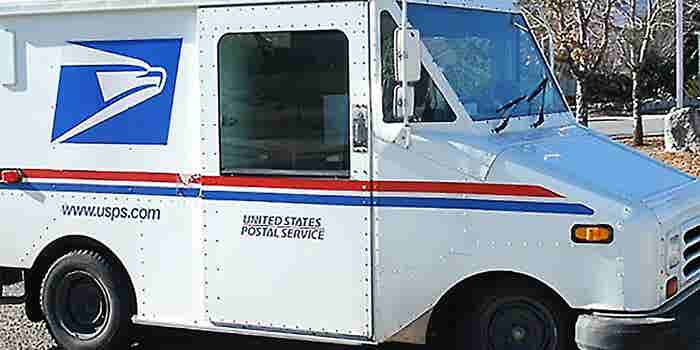 Why the Postal Service Getting Into Banking Is the Worst Idea Ever