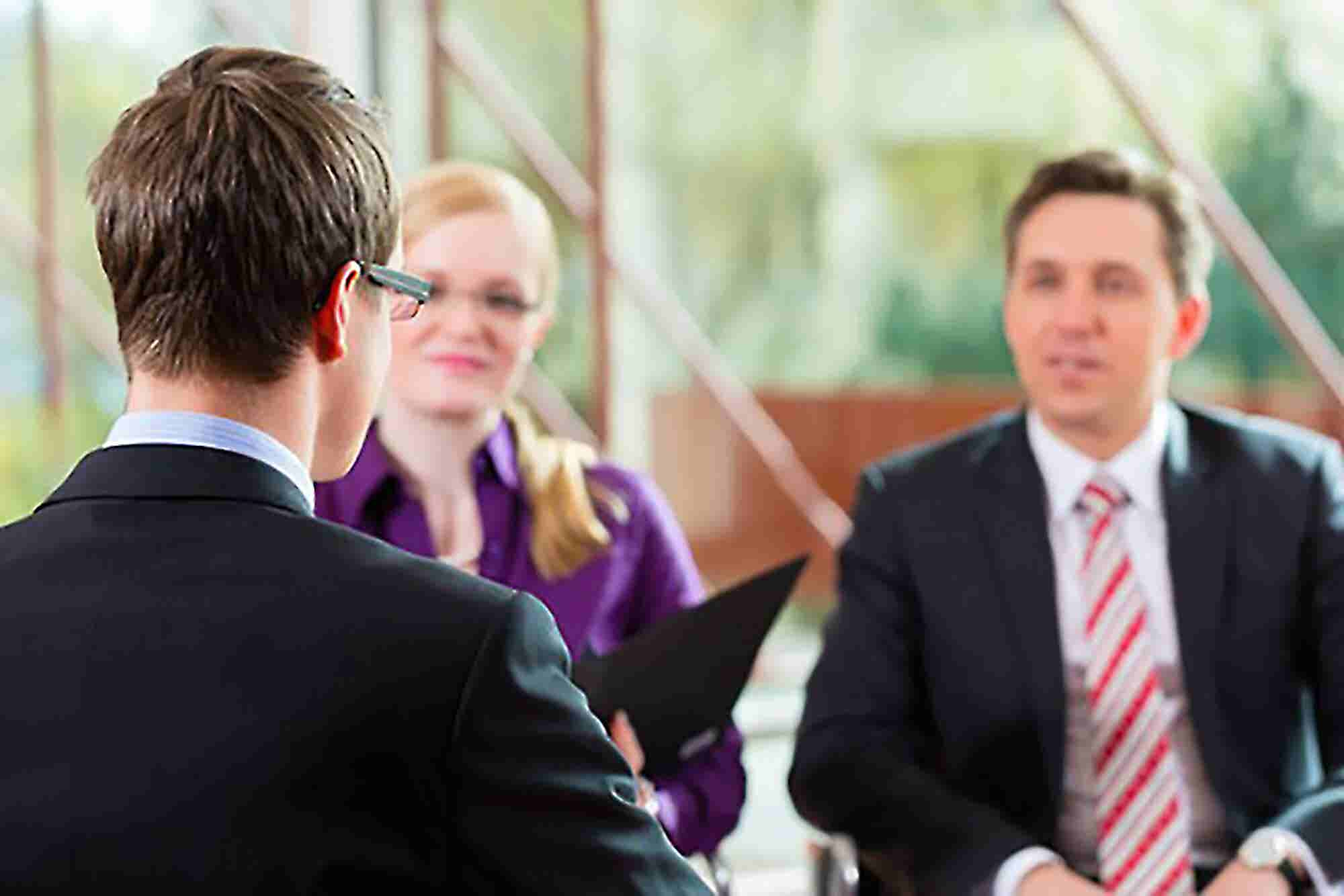 Making The Right Choice: Building A Screening Policy For Job Candidates