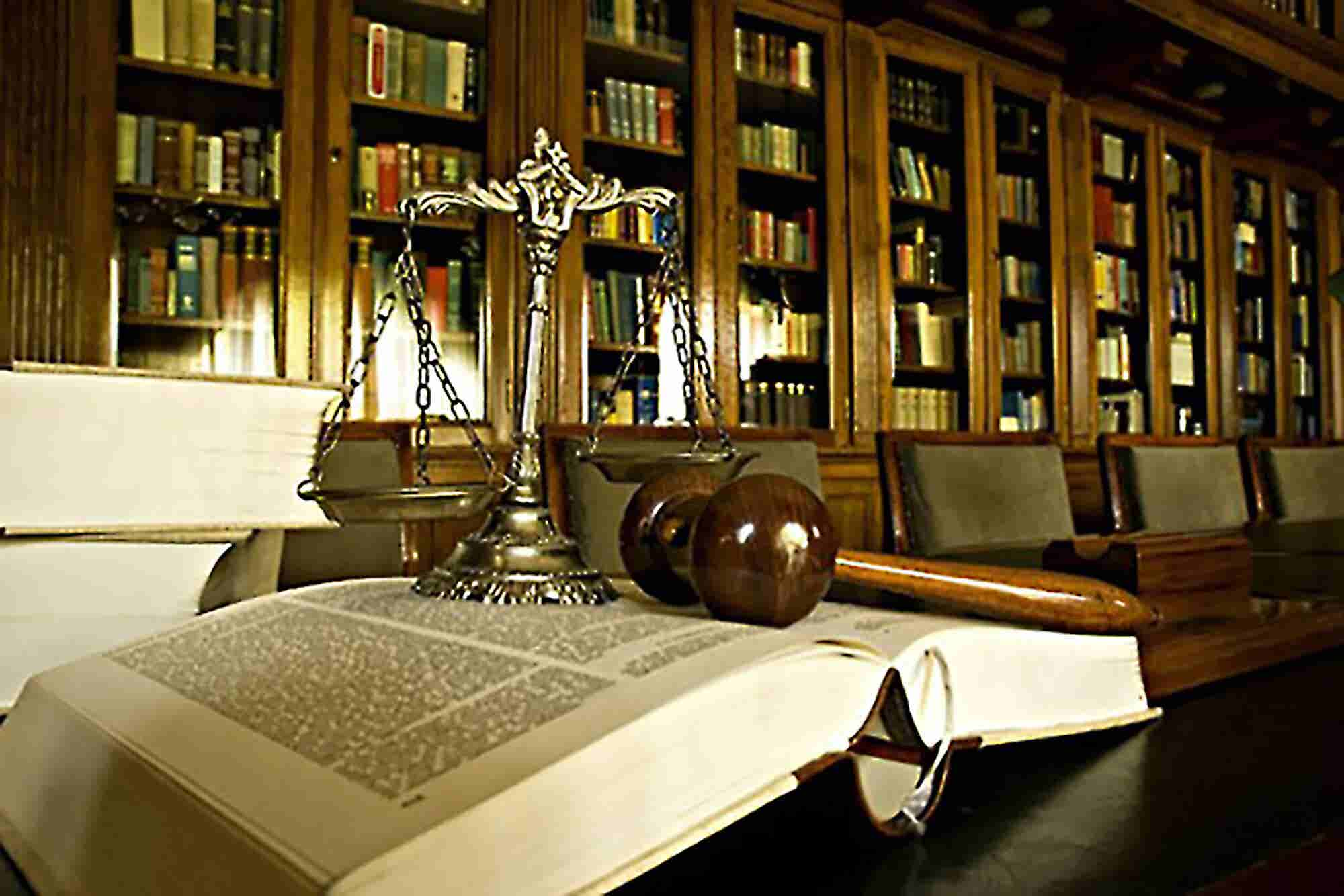 How to Find the Right Lawyer for You