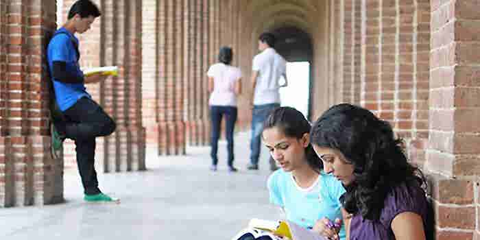 Want To Set Foot Into Indian Education? This Expert Suggests #4 Steps