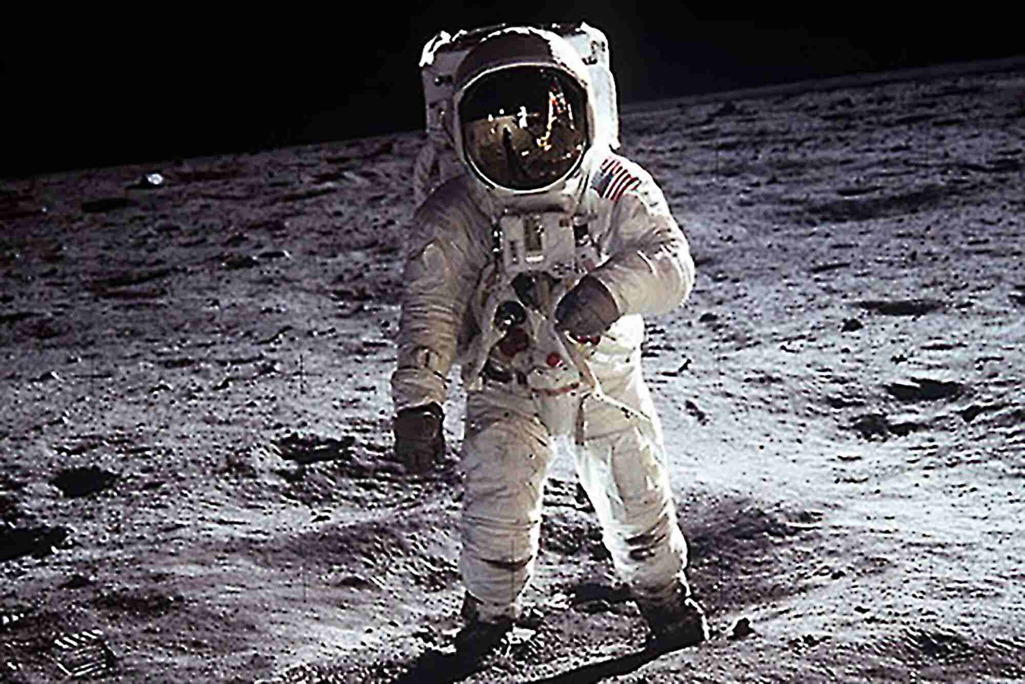 Entrepreneurs on the Moon, DNA Hacking and Real-Life Iron Man Gear