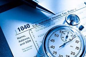 4 Ways to Plan Ahead For Tax Season Next Year