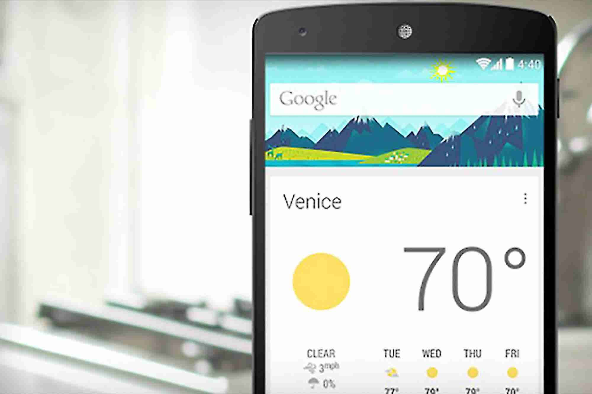 A Look at Google Now, the Predictive Personal Assistant for Android and iOS