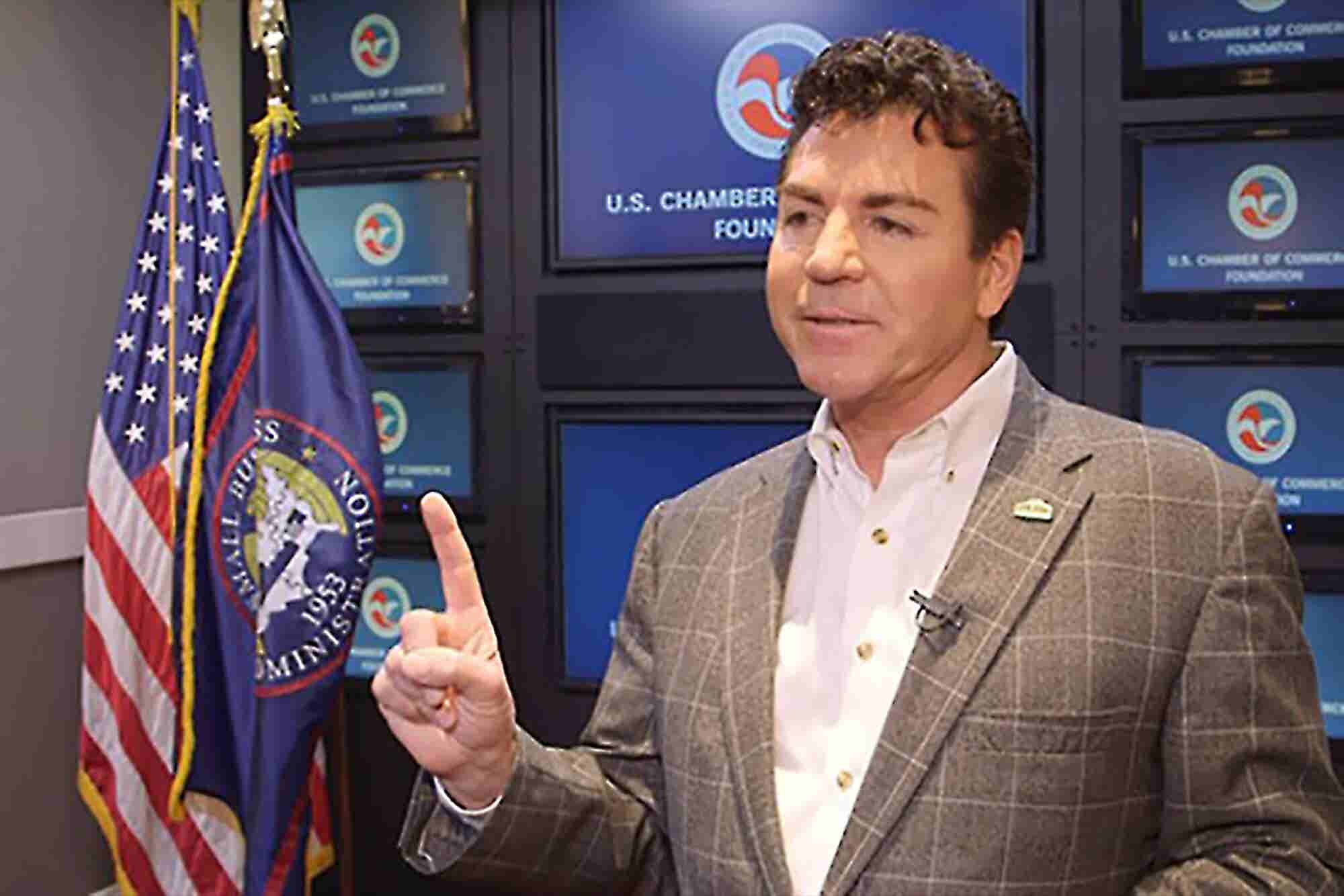 Why the Founder of Papa John's Doesn't Believe in Managing Employees