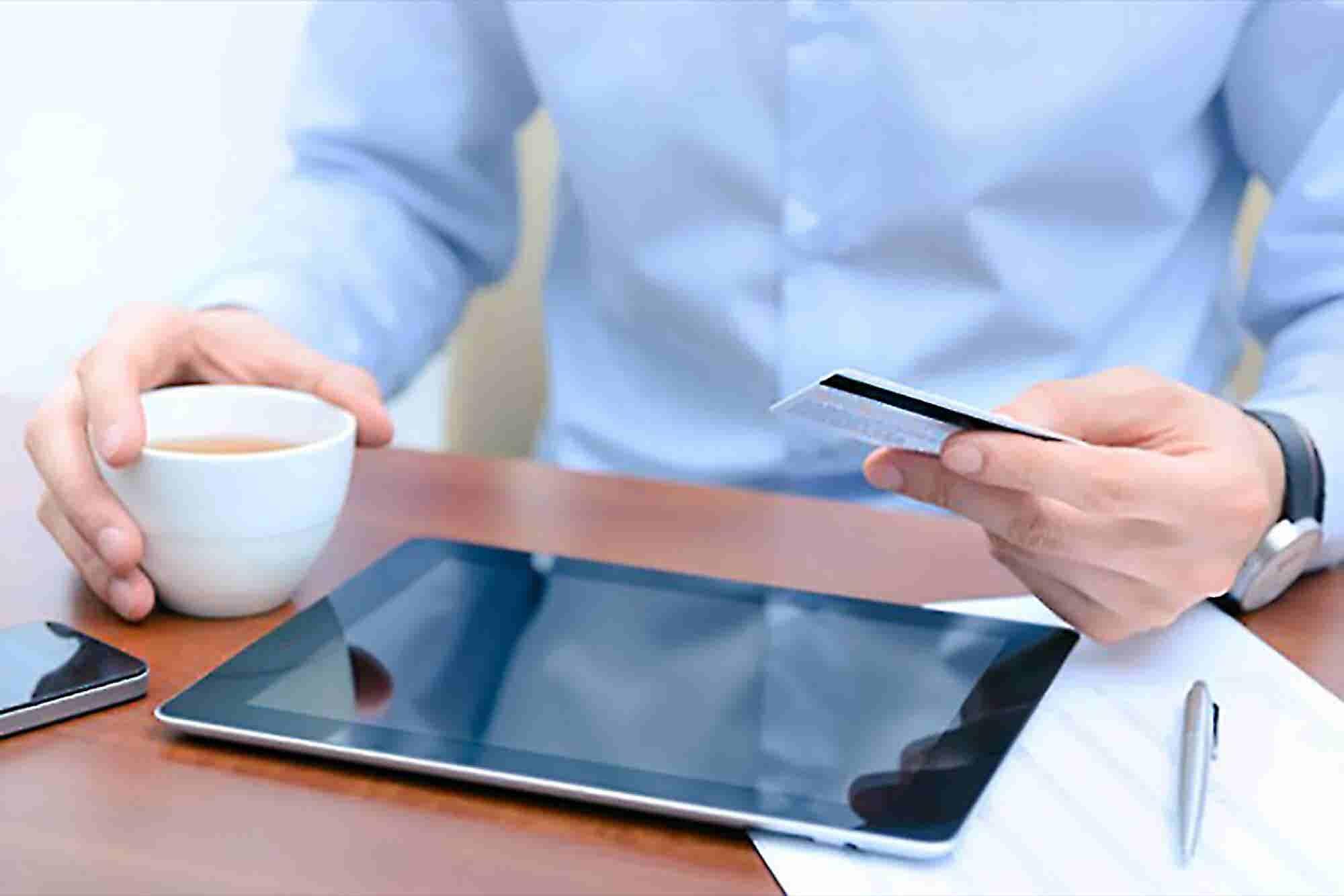 6 Ways to Retain Ecommerce Customers