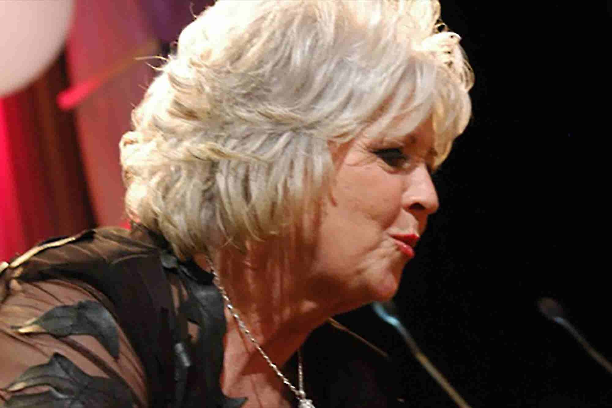 Don't Call Her Old-Fashioned: Paula Deen's Comeback Is for the Digital Era