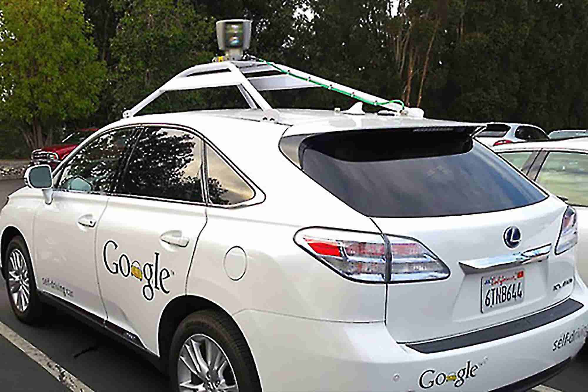 GM Open to Working With Google on Developing Self-Driving Cars