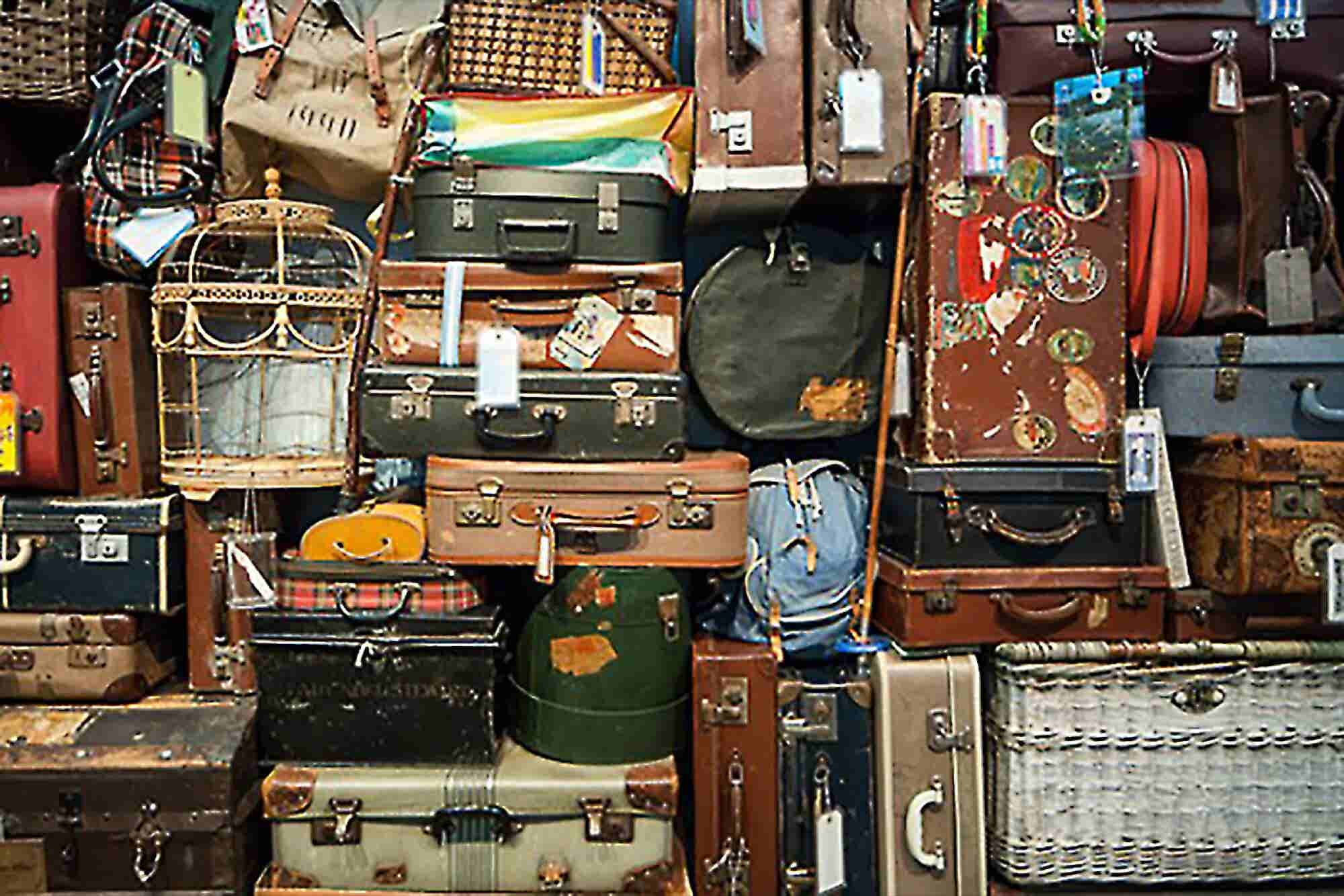 Traveling for Business? Consider Packing These Healthy Tips.