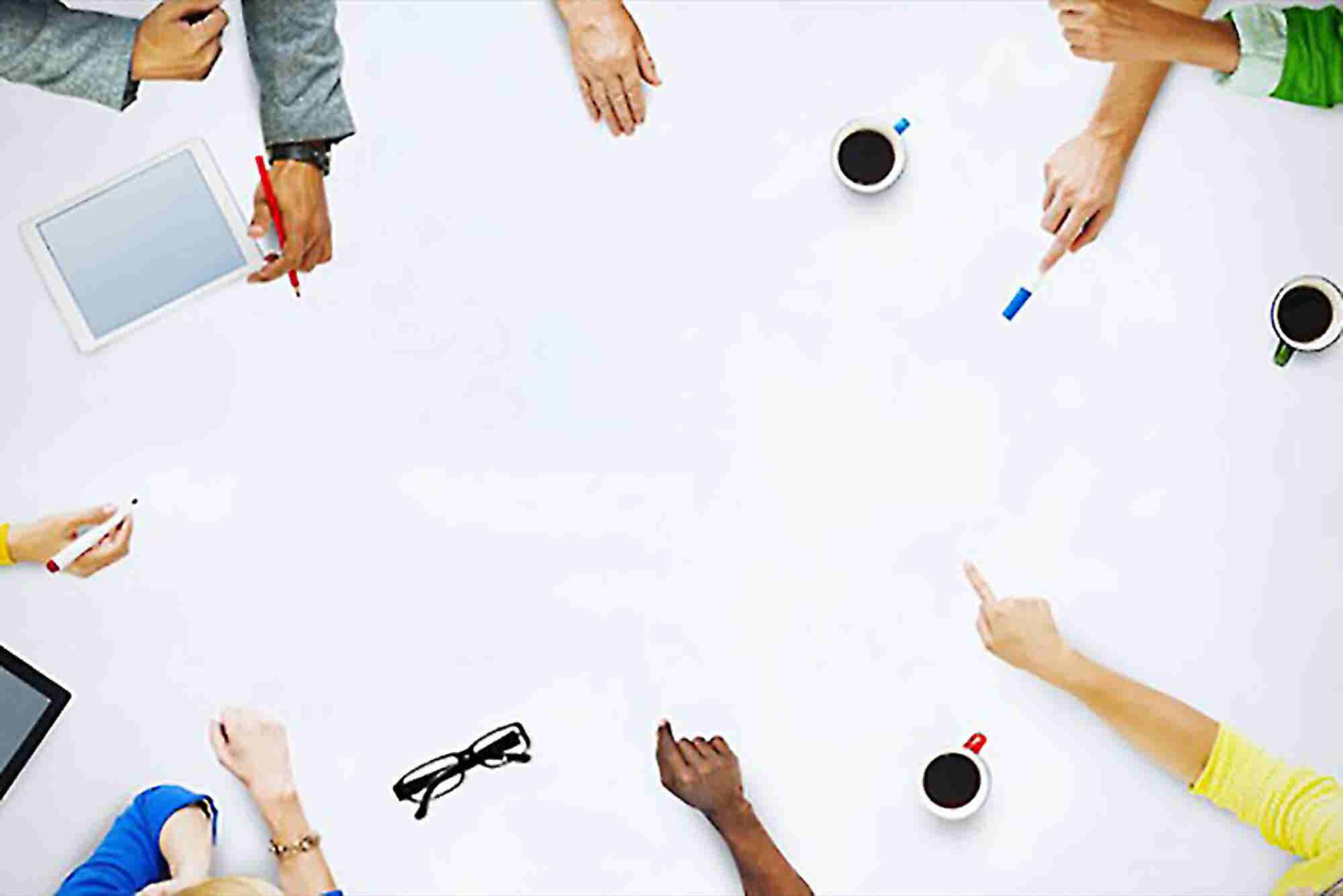 5 Must-Use Tools for Brainstorming Company Names
