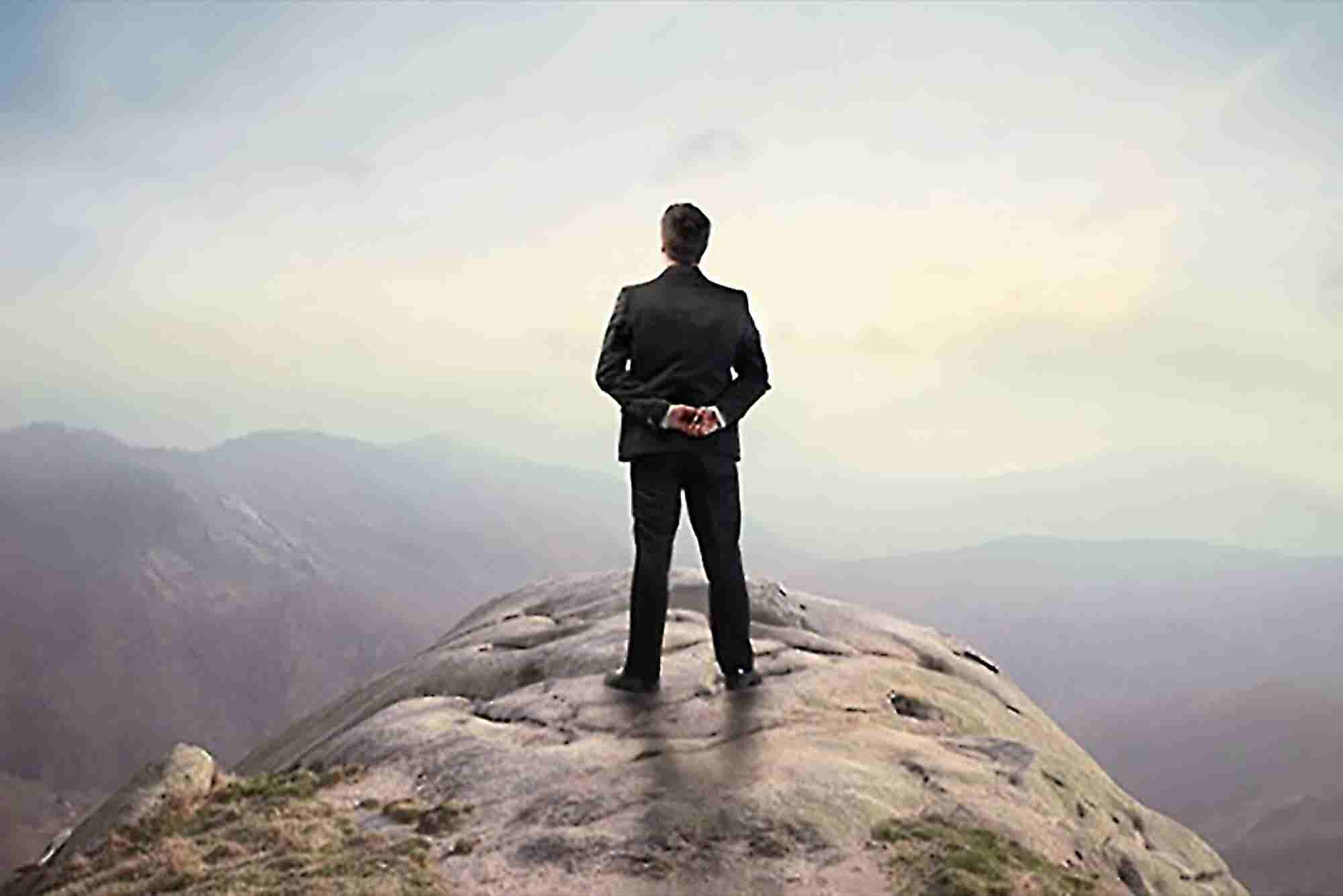 10 Awesome Tips for Being a Better Leader
