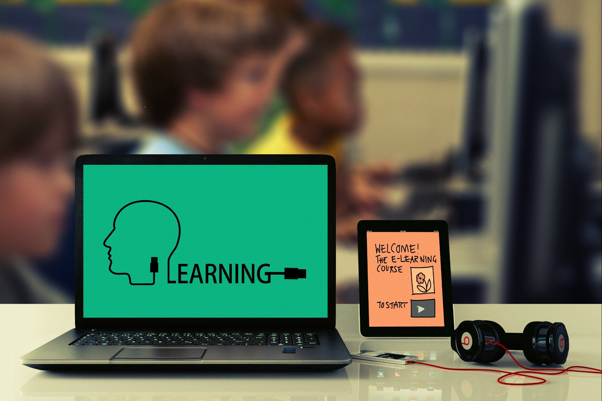 E Learning The Advantages And Challenges