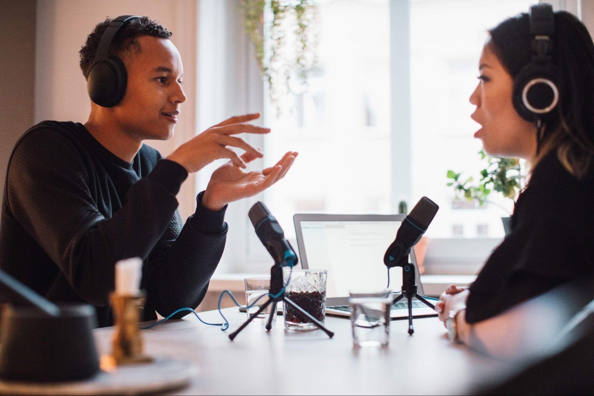 , 3 Tips For Giving a Successful Podcast Interview, Saubio Making Wealth