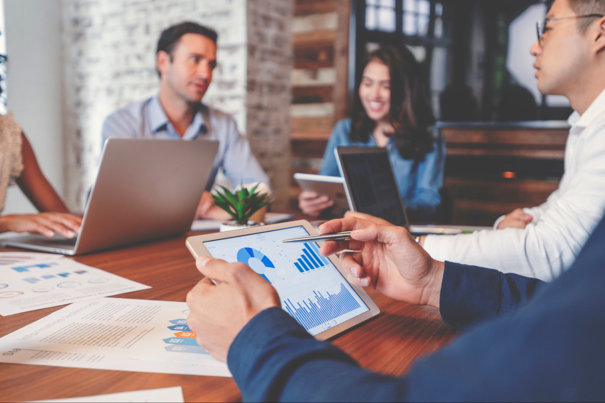 , 9 Ways to Add Revenue to Your Marketing Agency Before 2021, Saubio Making Wealth