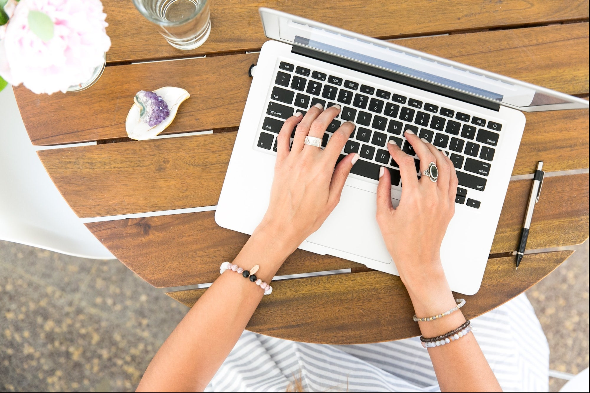 , Effectively Market Your Product or Service With These 11 Digital Copywriting Courses, Saubio Making Wealth
