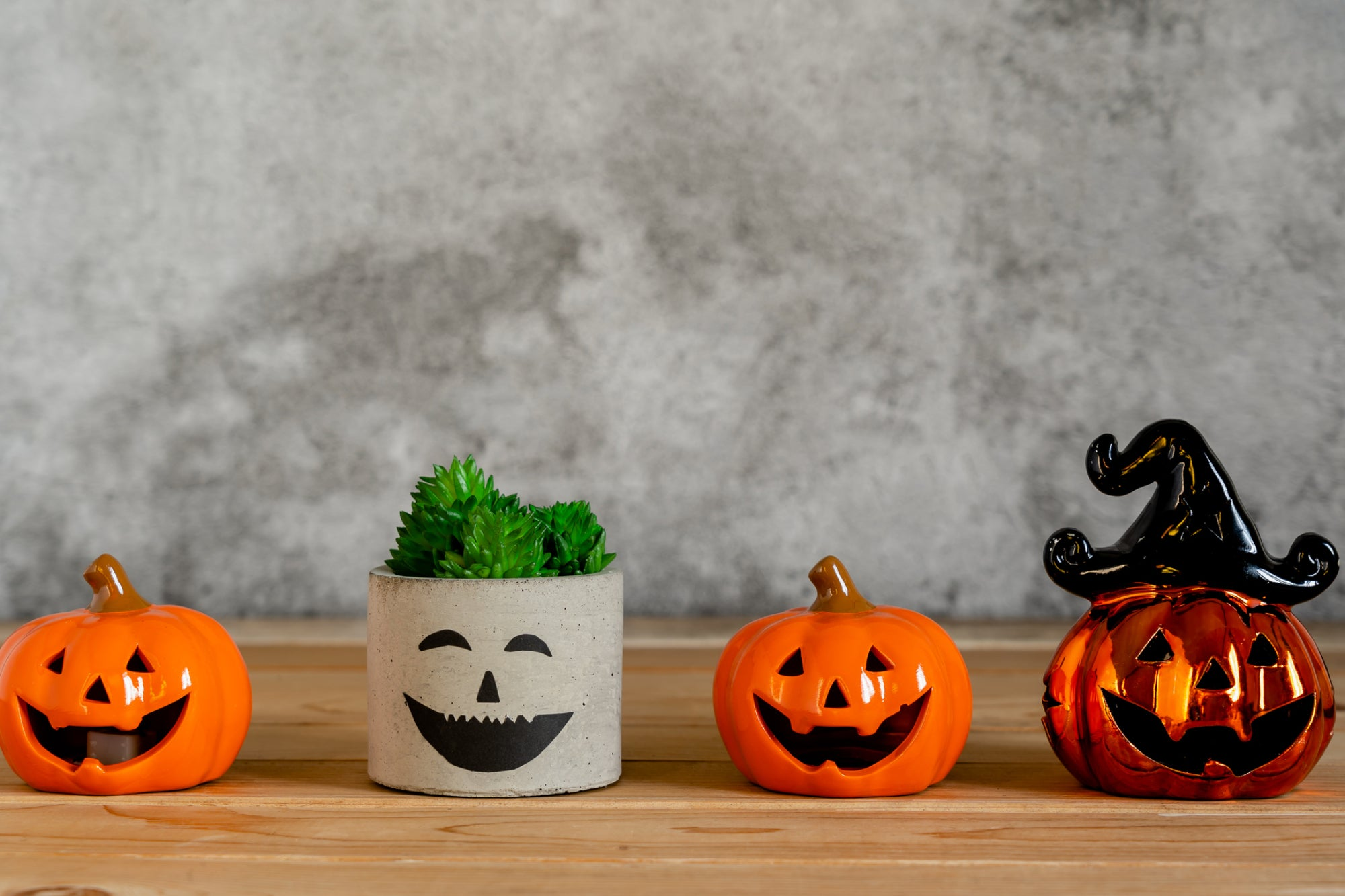 , 6 Tricks To Implement That Will Give Your Business Treats This Halloween, Saubio Making Wealth