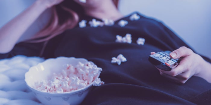 Trabajo navideño: Ofrecen 50 mil pesos por ver 25 películas en 25 días, ¿te animas?