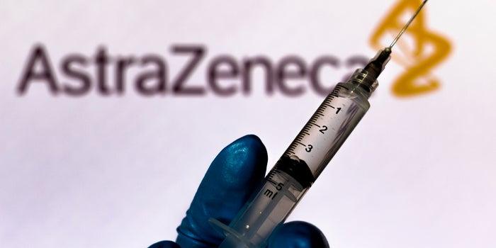La vacuna COVID-19 que se envasará en México podría tener una efectividad del 90%, según AstraZeneca