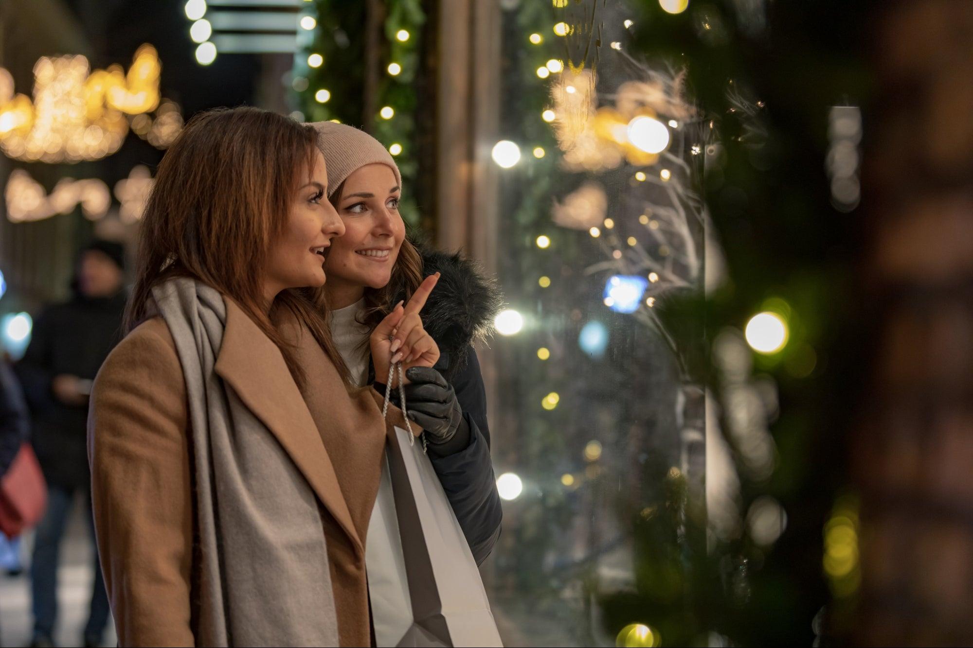 , 3 Ways Visual Merchandising Is a Retailer's Secret Weapon to Win The Holidays, Saubio Making Wealth